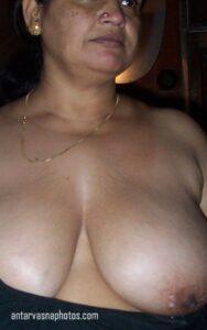 Mallu aunty ki big boobs ki hot photos
